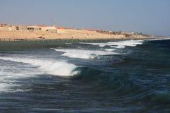 Wellen auf Rotem Meer Stockbilder