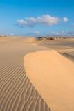 Wellen auf Sanddünen in Chaves setzen Praia de Chaves in Boavist auf den Strand Lizenzfreies Stockbild