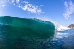 Wellen-blaues Wasser-Schwimmen Lizenzfreie Stockbilder