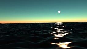 Wellen des Ozeans und des Mondweges stock video