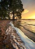 Wellen des Sees an sunset2 Stockfotografie
