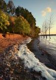Wellen des Sees an sunset2 Stockbilder