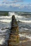 Wellen in Graal-Mueritz lizenzfreie stockfotos