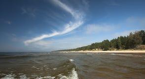 Wellen im Meer Lizenzfreie Stockfotografie