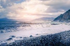 Wellen in Meer, stürmisches Meer Lizenzfreie Stockbilder
