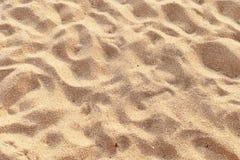 Wellen- und Sandgrenze Lizenzfreies Stockfoto