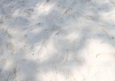 Wellen- und Sandgrenze Lizenzfreie Stockfotos