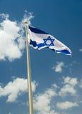 Wellenartig bewegende Flagge von Israel Lizenzfreie Stockfotos