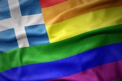 Wellenartig bewegende Flaggenfahne des homosexuellen Stolzes Griechenland-Regenbogens Stockfotografie