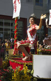 Wellenartig bewegende Prinzessin, 115. goldenes Dragon Parade, Chinesisches Neujahrsfest, 2014, Jahr des Pferds, Los Angeles, Kal Stockfotos