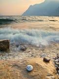 Wellenbrechen Stockfotografie