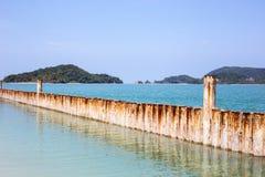 Wellenbrecher auf Langkawi-Insel Malaysia Lizenzfreie Stockfotografie