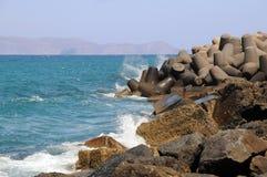 Wellenbrecher in Griechenland Lizenzfreies Stockbild