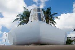 Wellenbrechermonument bei Malediven Stockbilder