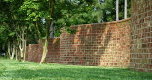 Wellenförmige Wand Stockfotografie