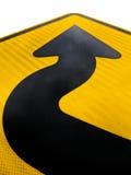 Wellenförmiger Pfeil auf dem Verkehrsschild, das oben für Erfolg zeigt Lizenzfreies Stockbild