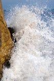 Wellenspritzen Lizenzfreie Stockbilder