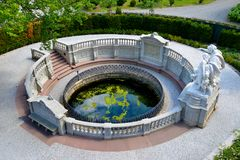 Wellhead av Danube River royaltyfri foto