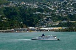 Färja till Wellington Royaltyfri Foto
