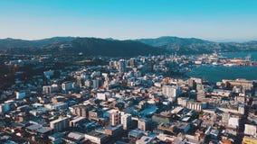 Wellington NZ, filtrante la clip d'instaurazione aerea del metraggio 4K UHD video d archivio