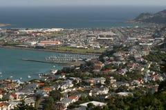 Wellington - Stadt durch den Ozean. Stockfoto