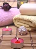 Wellness e concetto della stazione termale con le candele Fotografia Stock