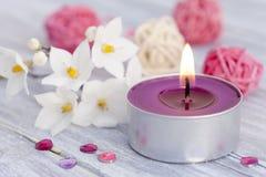Wellness mit Kerzeleuchte Stockfotografie