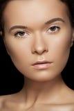 Wellness zdrój & zdrowie. Z czysty skórą wzorcowa twarz obraz royalty free