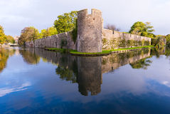 Wells Cathedral Castle Wall, Moat and Reflection Royalty Free Stock Image