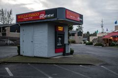 Wells Fargo Bank ATM expresso foto de stock royalty free
