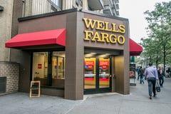 Wells Fargo rozgałęzia się fotografia stock