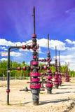Wells que extrae el aceite del campo en Siberia Imagen de archivo
