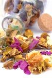 Welriekend mengsel van gedroogde bloemen en kruiden Royalty-vrije Stock Fotografie