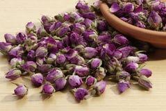 Welriekend mengsel van gedroogde bloemen en kruiden Stock Foto's