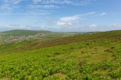 Wels platteland bovenop Rhossili onderaan berg door het strand op Gower Royalty-vrije Stock Afbeeldingen
