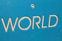 Weltanschlagtafel oder WELT unterzeichnet für moderne Reise Lizenzfreie Stockbilder