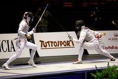 Weltcup-Folien-Frauen-Älterer 2009, fechtend Lizenzfreie Stockfotos