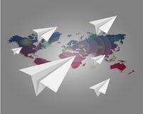 Weltkarte mit Papier planiert Hintergrund Lizenzfreie Stockbilder