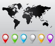 Weltkarte mit Stiften Stockbild