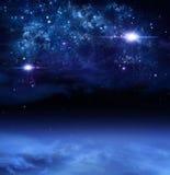 Weltraum, abstrakter Hintergrund Lizenzfreie Stockfotografie
