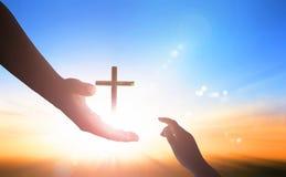 Welttag der Erinnerung: Gott ` s Handreichung lizenzfreie stockfotografie