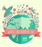 Weltumwelttagkonzept mit Mutter Erden-Kugel- und -GRÜNblättern und flovers auf beige Hintergrund Stockfoto