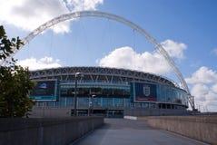 Wembley Stadion an einem sonnigen Tag Stockbild