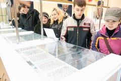 Wempe jewelery Speicher für Männer und Frauen Lizenzfreie Stockfotos
