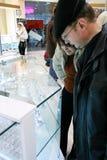 Wempe jewelery Speicher für Männer und Frauen Lizenzfreies Stockfoto