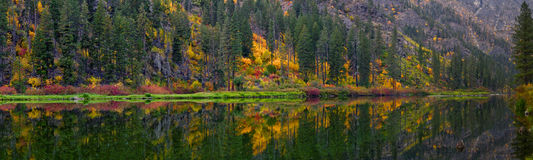 Wenatchee River Autumn, Washington State Stock Photos