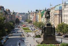 Wenceslas Square em Praga fotos de stock royalty free