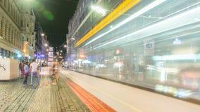 Wenceslas Square a Praga al timelapse di notte, tempo di crepuscolo stock footage