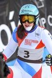 Wendy Holderner av SUI reagerar i fullföljandeområdet efter den andra körningen av den jätte- slalomet royaltyfria bilder