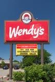 Wendys Resturaunt tecken Arkivfoton